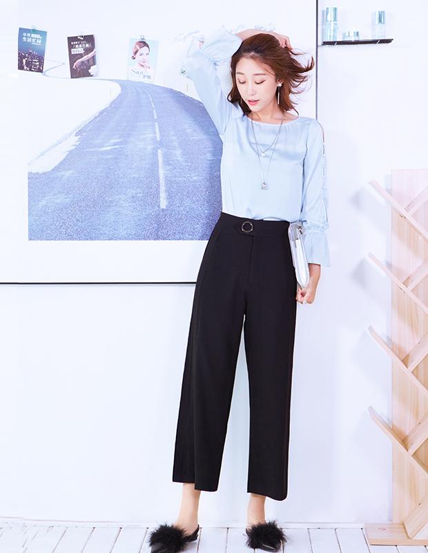 【伊霓裳】YCCQ-704 复古宫廷荷叶袖上衣