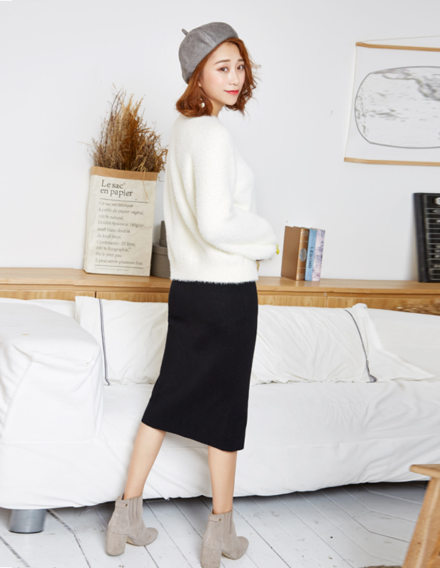 【伊霓裳】YCDQ-726 金属扣饰开叉毛织长裙