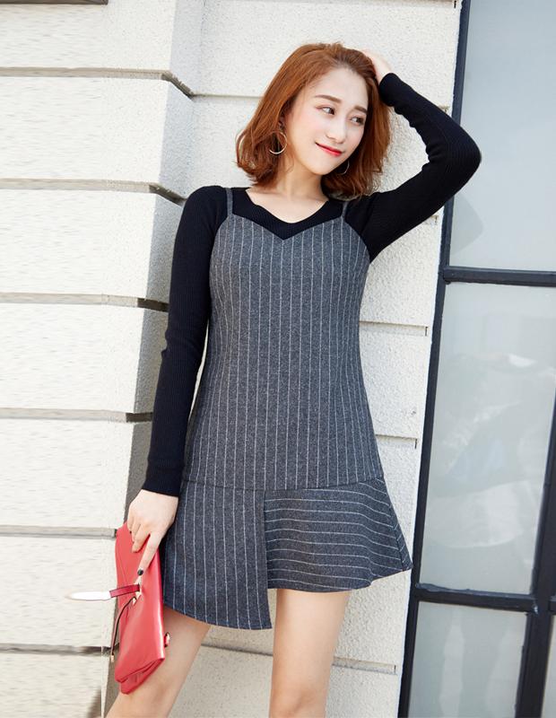 【伊霓裳】YCDQ-018 荷叶边条纹吊带连衣裙