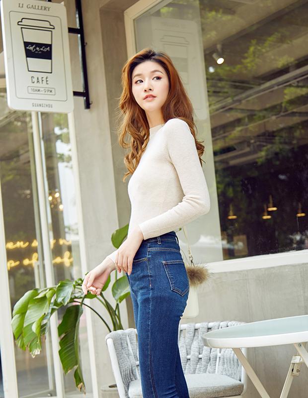 【伊霓裳】服装积分兑换 YCCB-0012 极简修身高腰铅笔牛仔裤